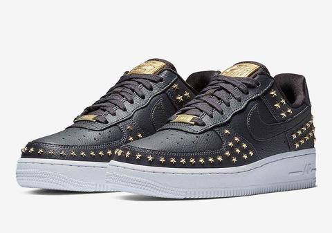 NIke-Air-Force-1-Low-Stars-Black-Gold-AR0639-001-1.jpg
